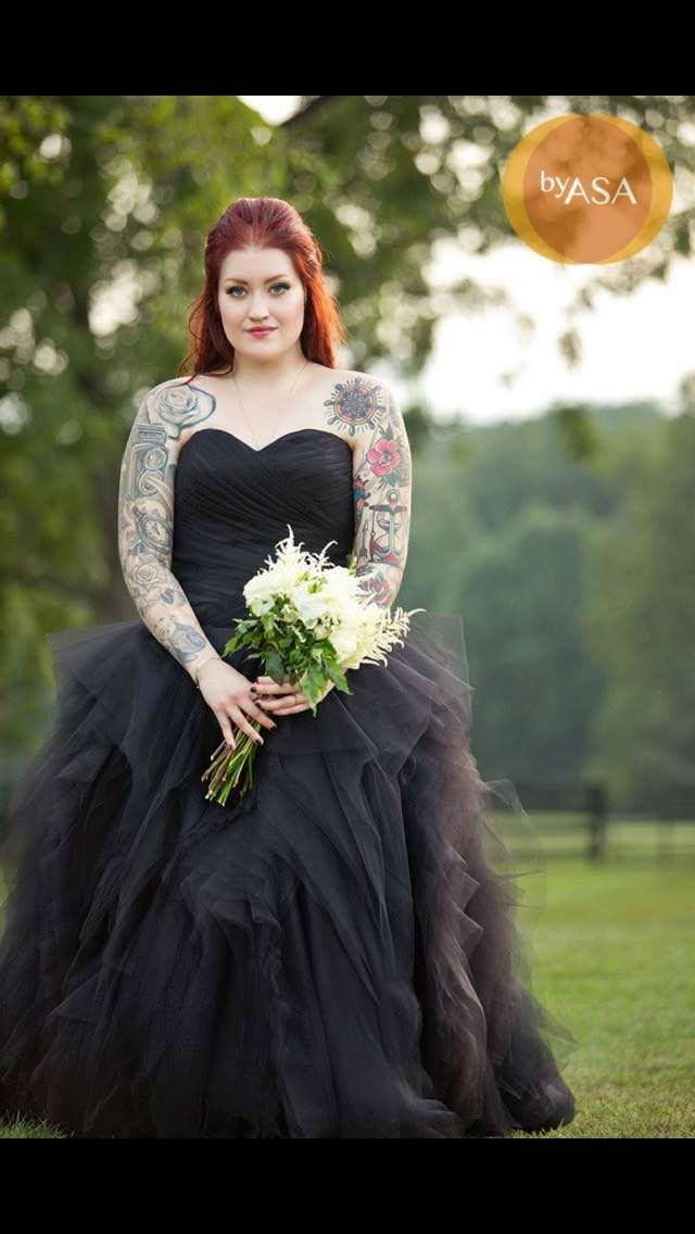 blackweddingdresses1.jpg
