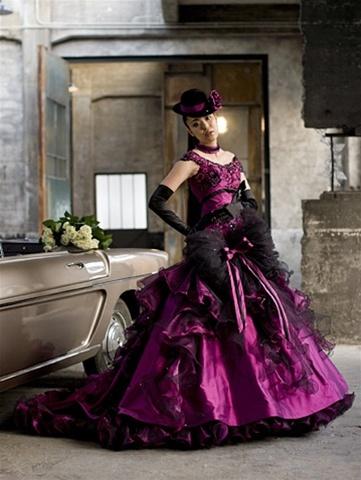 gothicsteampunkweddingdress.jpg